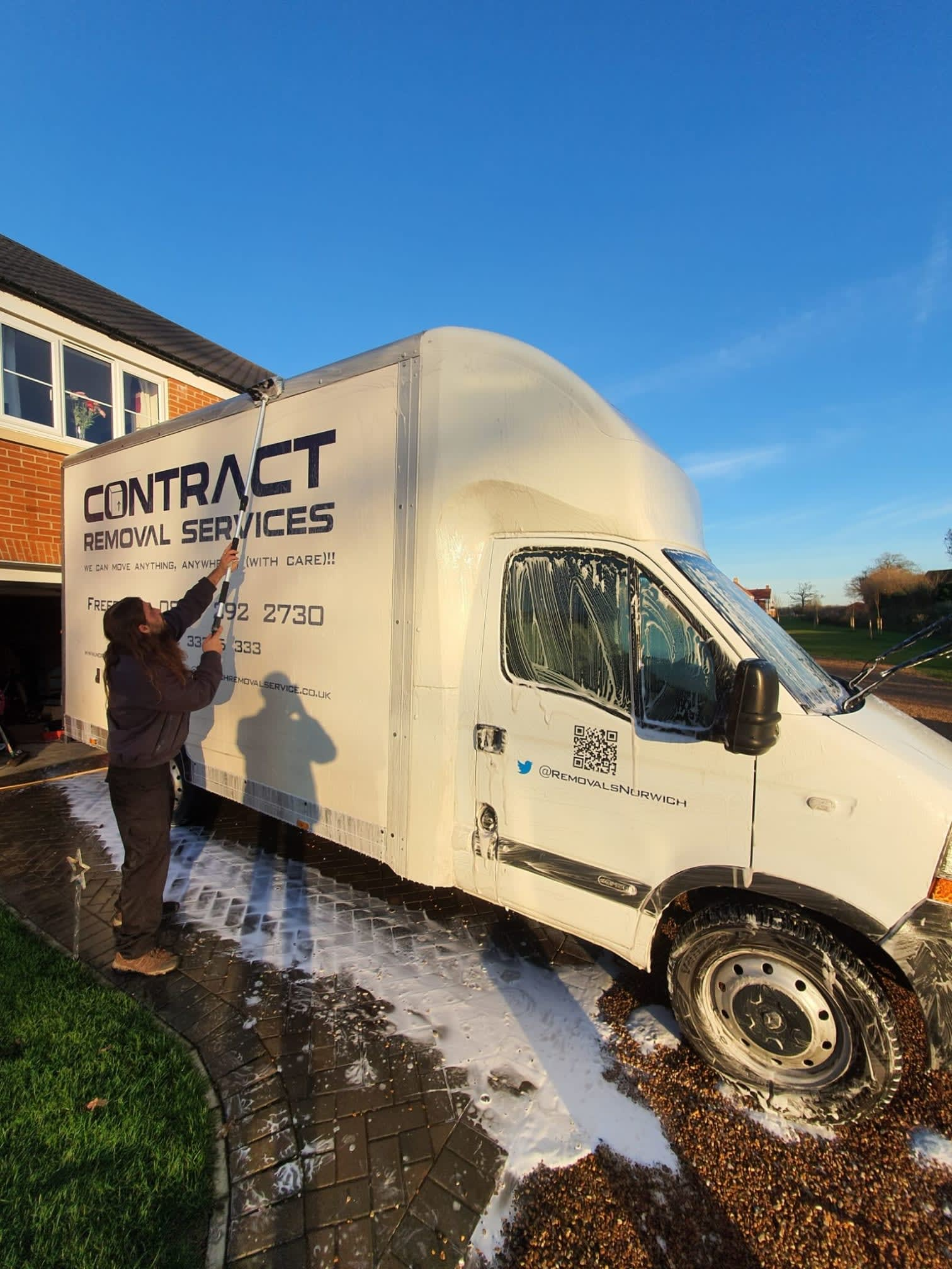 cleaning-the-van-ready-for-the-next-job-shiny-shiny-https-t-co-7qtqrc1iss